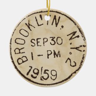 ヴィンテージのブルックリンのnycのニューヨークシティのトレンディーの郵便料金 セラミックオーナメント