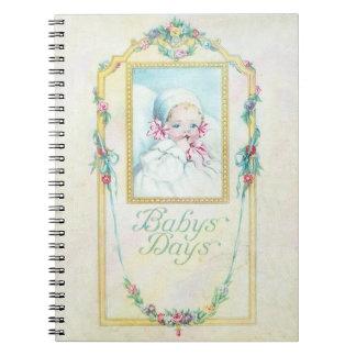 ヴィンテージのベビーの日のノート ノートブック