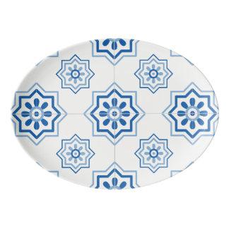 ヴィンテージのポルトガル人のAzulejoの青いタイルパターン 磁器大皿
