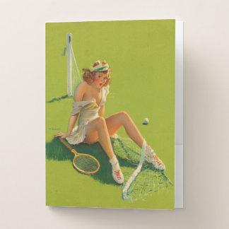 ヴィンテージのレトロのGil Elvgrenのテニスのピンナップの女の子 ポケットフォルダー