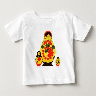 ヴィンテージのロシア人のロシアシックなMatryoshkaの人形 ベビーTシャツ