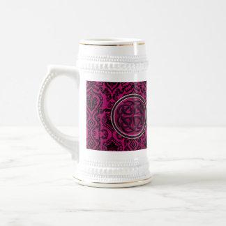 ヴィンテージのワインのダマスク織およびケルト結び目模様 ビールジョッキ