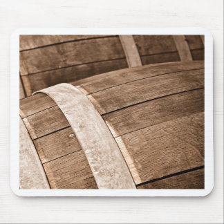 ヴィンテージのワインを貯えるのに使用されるワインバレル マウスパッド