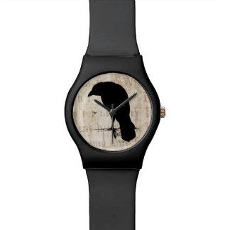 ヴィンテージのワタリガラスのシルエットのレトロのゴシックは鳥をあさり歩きます 腕時計