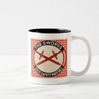 ヴィンテージの剣のマッチ箱のロゴ ツートーンマグカップ