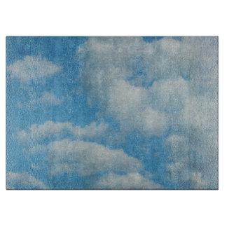 ヴィンテージの動揺してな雲の背景 カッティングボード