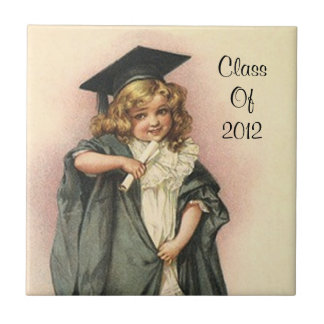 ヴィンテージの卒業の女の子の人形のバラの記念品のタイル タイル