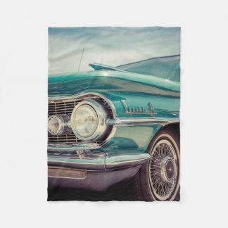 ヴィンテージの古く旧式な自動車 フリースブランケット