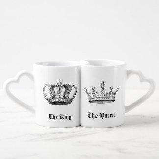 ヴィンテージの名前入りな王および女王の王冠 ペアカップ