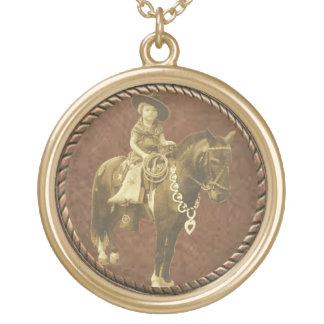 ヴィンテージの女性のカーボーイの西部のネックレス ゴールドプレートネックレス