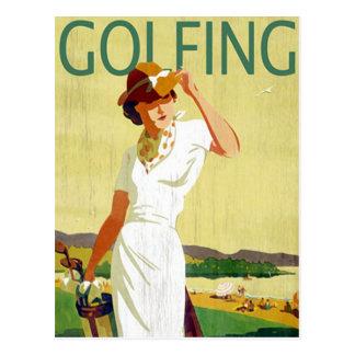 ヴィンテージの女性ゴルファーゴルフをする郵便はがき ポストカード