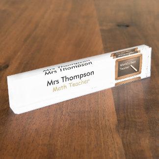 ヴィンテージの学校の石板の名前入りな一流の机のプレート デスクネームプレート