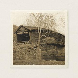 ヴィンテージの屋根付橋 スタンダードカクテルナプキン