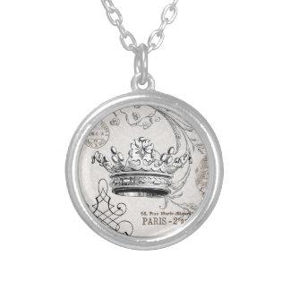 ヴィンテージの王冠の…魅力のネックレス シルバープレートネックレス