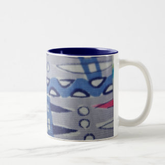 ヴィンテージの生地のグラフィック・デザインのマグ ツートーンマグカップ