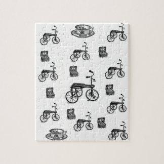 ヴィンテージの白い自転車のジグソーパズル ジグソーパズル