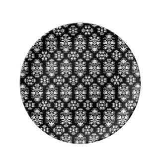 ヴィンテージの白黒花のダマスク織パターン 磁器プレート