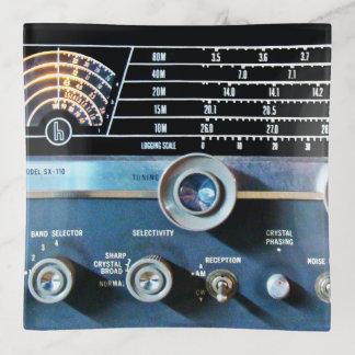 ヴィンテージの短波の受信機 トリンケットトレー