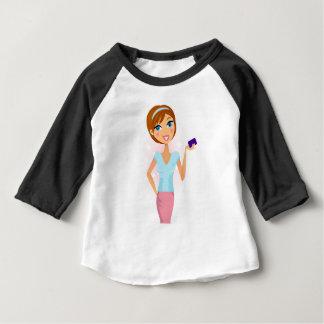 ヴィンテージの秘書の女の子が付いているかわいいデザインの版 ベビーTシャツ