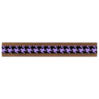 ヴィンテージの紫色および黒い千鳥格子の 定規