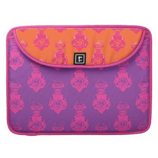 ヴィンテージの紫色かオレンジ色の背景 MacBook PROスリーブ