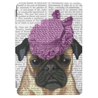 ヴィンテージの紫色の帽子が付いているパグ iPad AIR カバー