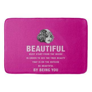 ヴィンテージの美しい絶対必要の開始のピンク バスマット