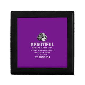 ヴィンテージの美しい絶対必要の開始の紫色 ギフトボックス