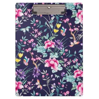 ヴィンテージの花園の虹の蝶青 クリップボード