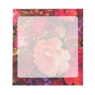 ヴィンテージの花模様の壁紙パターン ノートパッド