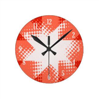 ヴィンテージの赤いハーフトーンの星 ラウンド壁時計