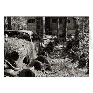 ヴィンテージの車、ホイールキャップおよび掘っ建て小屋 カード