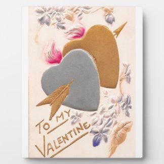 ヴィンテージの銀及び金ゴールドのハートのバレンタインの郵便はがき フォトプラーク