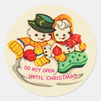 """ヴィンテージの雪だるま及び雪の女性は""""開きません"""" ラウンドシール"""
