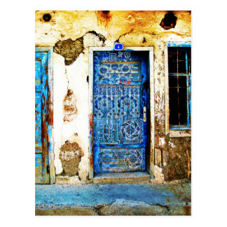 ヴィンテージの青いギリシャのドアの素朴なスタイル ポストカード