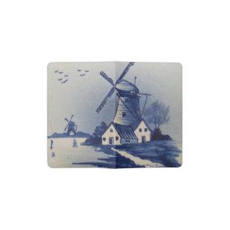ヴィンテージの青および白いデルフト ポケットMoleskineノートブック