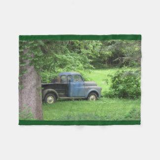 ヴィンテージの青のトラック フリースブランケット