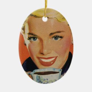 ヴィンテージの飲料、微笑の女性の飲むコーヒー セラミックオーナメント