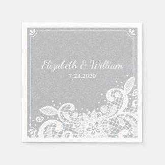 ヴィンテージの魅力的で白いレースの素朴な結婚式のカスタム スタンダードカクテルナプキン