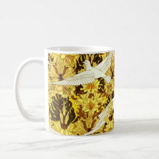 ヴィンテージの鳥の黄色い花のデザインアールヌーボー コーヒーマグカップ