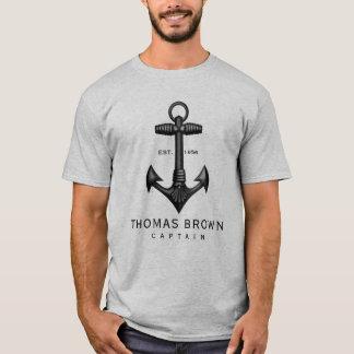 ヴィンテージの黒い鋳鉄のいかりの船遊びの大尉 Tシャツ