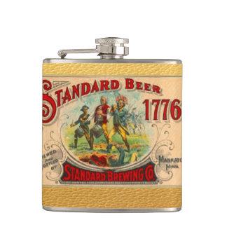 ヴィンテージの7月1776日4日ビールウィスキーのラベルのスキットル フラスク