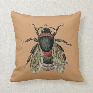 ヴィンテージの《昆虫》マルハナバチの枕 クッション