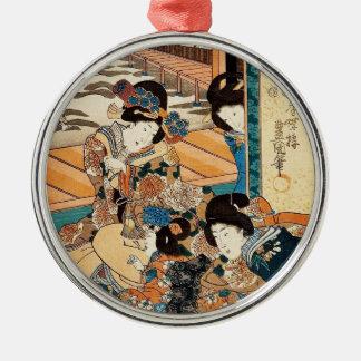 ヴィンテージのukiyo-e 3の芸者のUtagawaのクラシックな芸術 メタルオーナメント