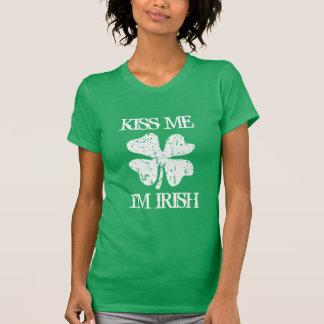 ヴィンテージは私にimアイルランド人のSt patricks dayのTシャツ接吻します Tシャツ