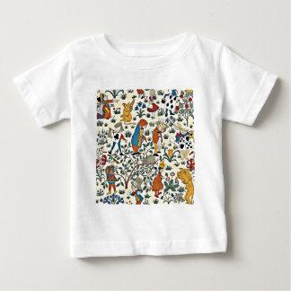 ヴィンテージアリスおよび友人の生地パターン ベビーTシャツ