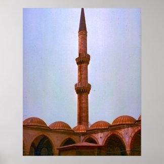 ヴィンテージイスタンブールのモスクの光塔 ポスター