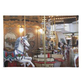 ヴィンテージ会場の回転木馬 ランチョンマット