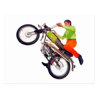 ヴィンテージ低俗なモーターバイクのオートバイのWheelie ポストカード