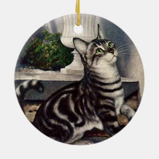ヴィンテージ動物、かわいい虎猫猫のsndの蝶 セラミックオーナメント